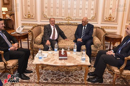 الدكتور على عبد العال رئيس مجلس النواب وسلطان سعيد المراكبى رئيس مجلس النواب اليمنى (3)