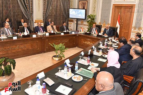 الدكتور على عبد العال رئيس مجلس النواب وسلطان سعيد المراكبى رئيس مجلس النواب اليمنى (7)