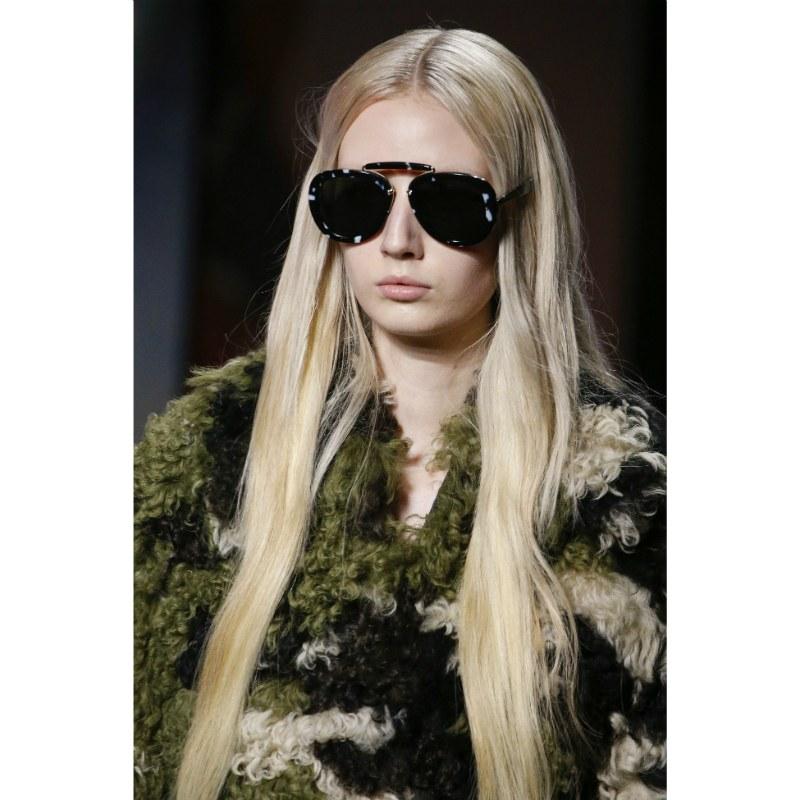 الشعر الطويل في عروض أزياء 2020
