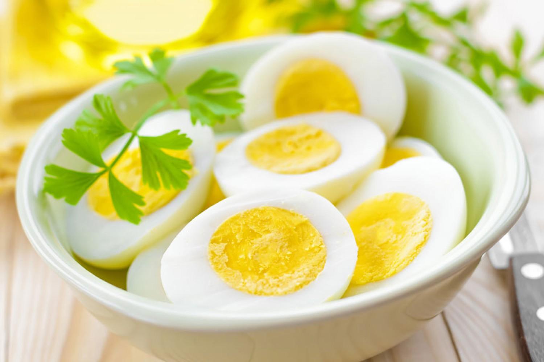 البيض مفيد لنمو اللحية
