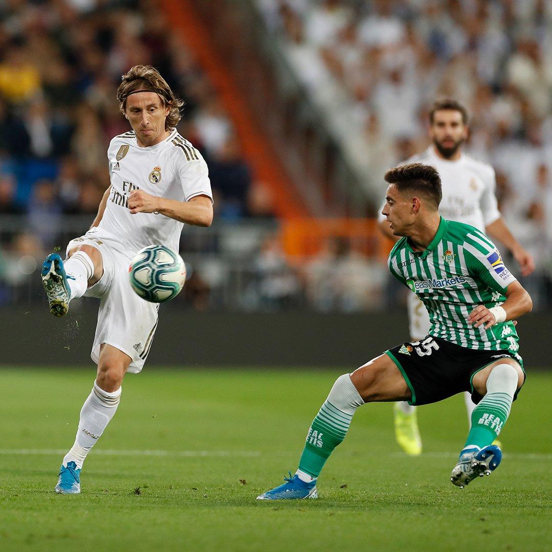 مباراة ريال مدريد وبيتيس (3)