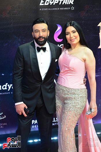 عبير صبري وزوجها المحامي أيمن البياع (1)