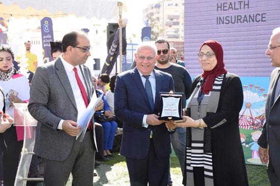 محافظ بورسعيد يشهد احتفال يوم الطفل العالمى (8)