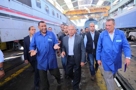 المهندس كامل الوزير وزير النقل (1)