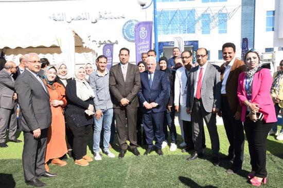 محافظ بورسعيد يشهد احتفال يوم الطفل العالمى (5)