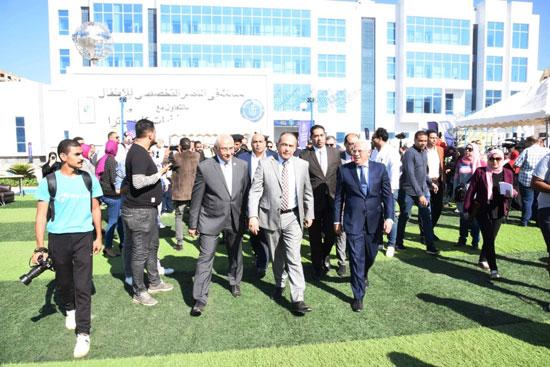 محافظ بورسعيد يشهد احتفال يوم الطفل العالمى (1)