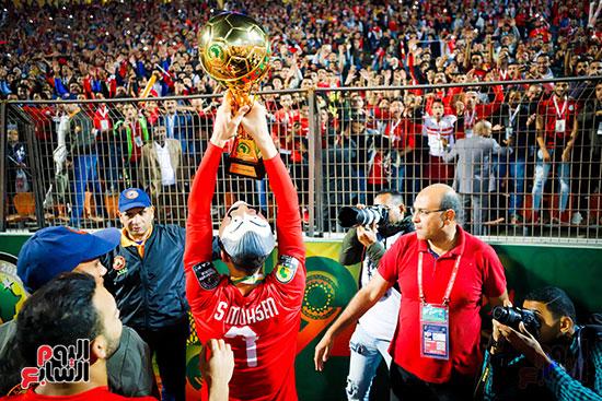 لحظة رفع المنتخب الأولمبى كأس بطولة أمم أفريقيا 2019  (4)