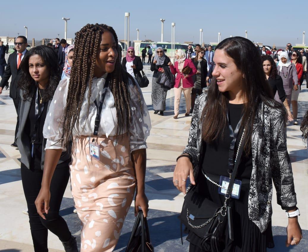 المشاركون بمنتدى أفريقيا 2019 خلال زيارتهم للعاصمة الإدارية