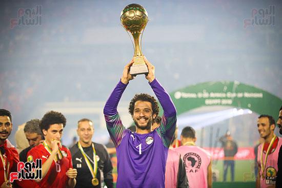 لحظة رفع المنتخب الأولمبى كأس بطولة أمم أفريقيا 2019  (41)