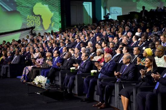 السيسى خلال مؤتمر أفريقيا 2019 (4)