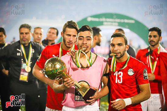 لحظة رفع المنتخب الأولمبى كأس بطولة أمم أفريقيا 2019  (48)