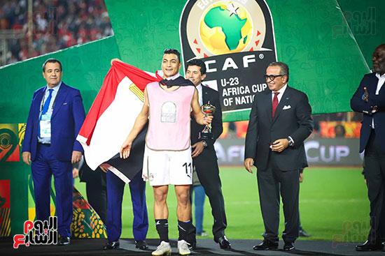 لحظة رفع المنتخب الأولمبى كأس بطولة أمم أفريقيا 2019  (11)