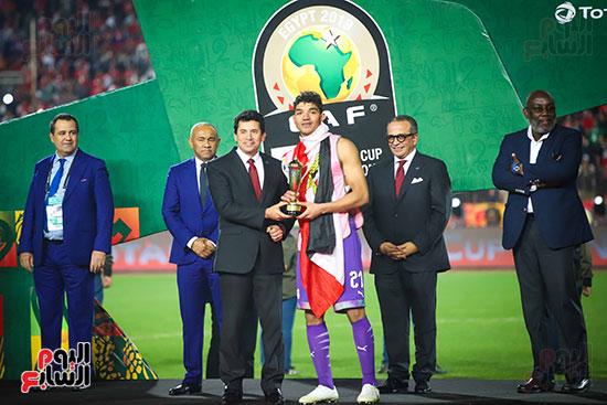 لحظة رفع المنتخب الأولمبى كأس بطولة أمم أفريقيا 2019  (8)