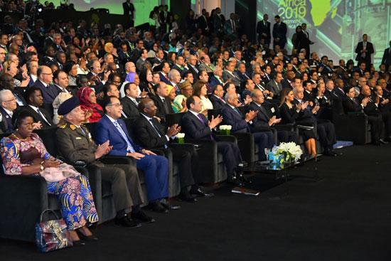 السيسى خلال مؤتمر أفريقيا 2019 (2)