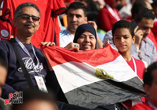بدء توافد الجماهير على استاد القاهرة (16)