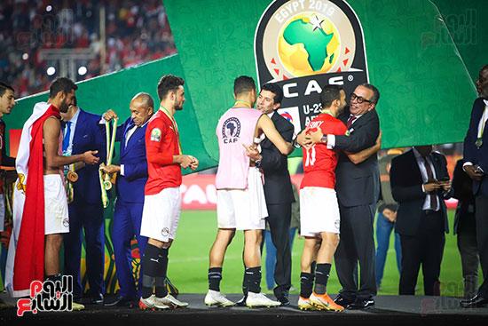 لحظة رفع المنتخب الأولمبى كأس بطولة أمم أفريقيا 2019  (24)