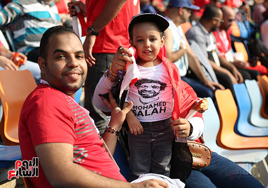 بدء توافد الجماهير على استاد القاهرة (18)