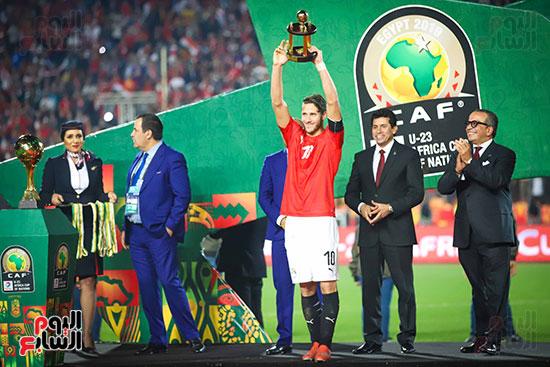 لحظة رفع المنتخب الأولمبى كأس بطولة أمم أفريقيا 2019  (18)