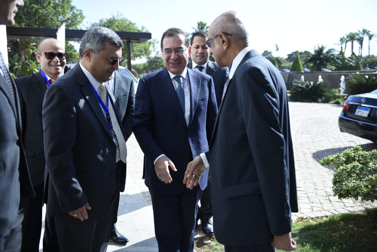وزير البترول المهندس طارق الملا ووزير البترول الأسبق أسامة كمال