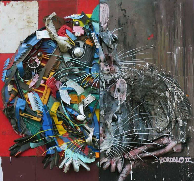 تمثال من النفايات