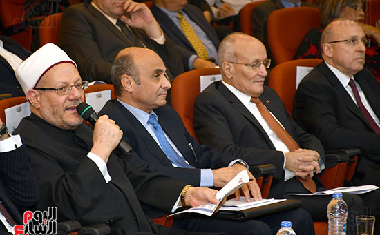 مؤتمر الشأن العام المنعقدة بجريدة أخبار اليوم (9)