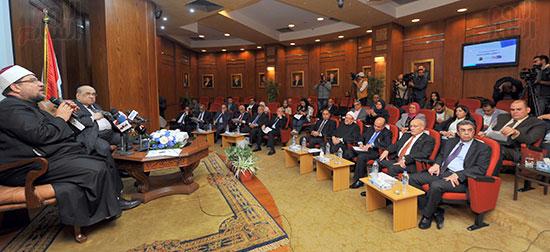 مؤتمر الشأن العام المنعقدة بجريدة أخبار اليوم (3)