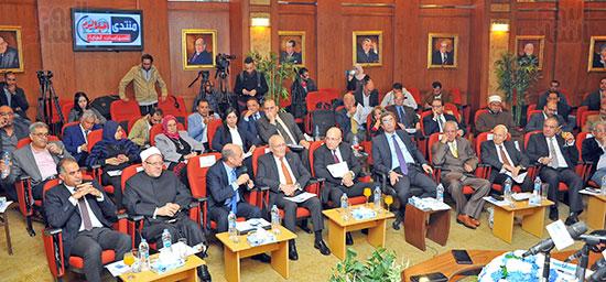 مؤتمر الشأن العام المنعقدة بجريدة أخبار اليوم (10)