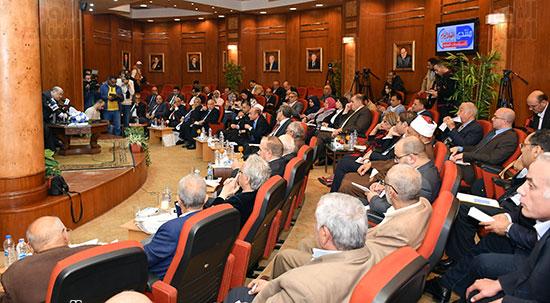 مؤتمر الشأن العام المنعقدة بجريدة أخبار اليوم (13)