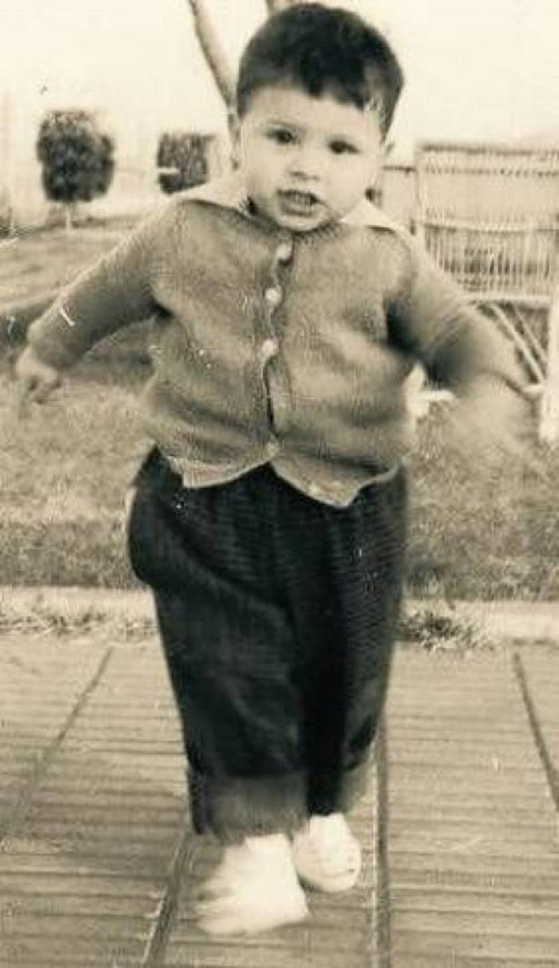 خالد الصاوي وهو طفل