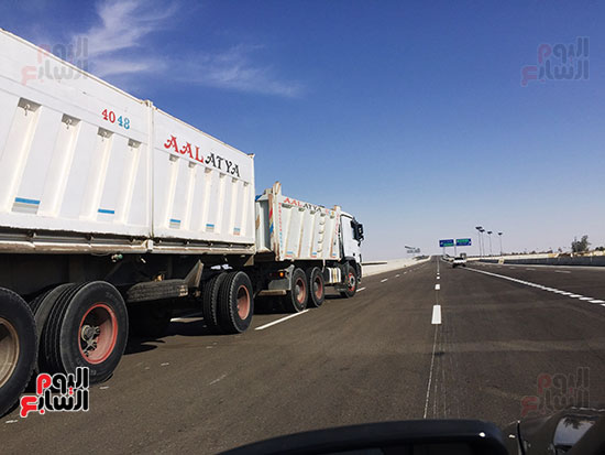 مرور النقل الثقيل على الطريق