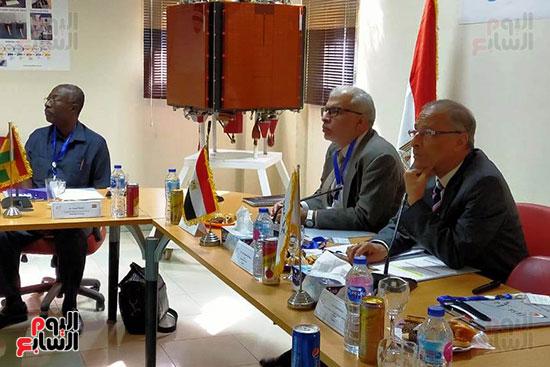 وكالة الفضاء المصرية تعلن مبادرة بناء قمر التنمية الإفريقى (5)