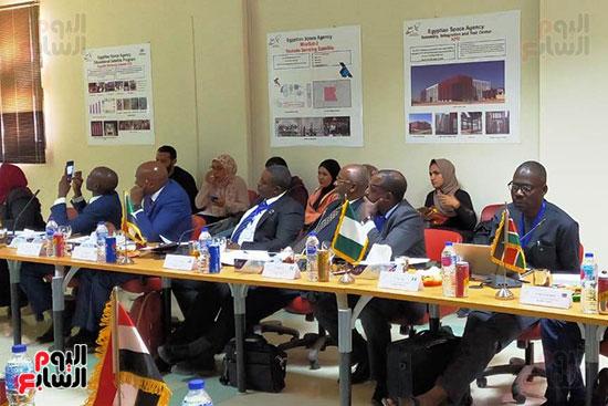 وكالة الفضاء المصرية تعلن مبادرة بناء قمر التنمية الإفريقى (7)