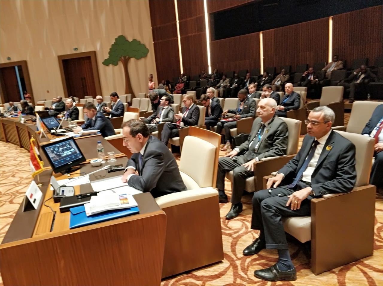 م . طارق الملا أثناء إلقاء كلمة الرئيس السيسى فى قمة الغاز 2