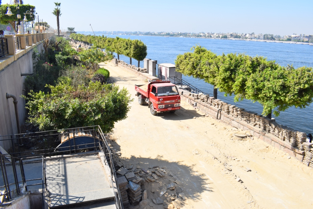 الأقصر تنتظر إنتهاء العمل في ساحة أبوالحجاج الأقصر ومنطقة الكورنيش السفلي (4)
