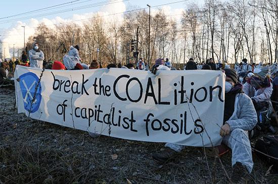 مظاهرات حاشدة فى المانيا ضد التغير المناخى