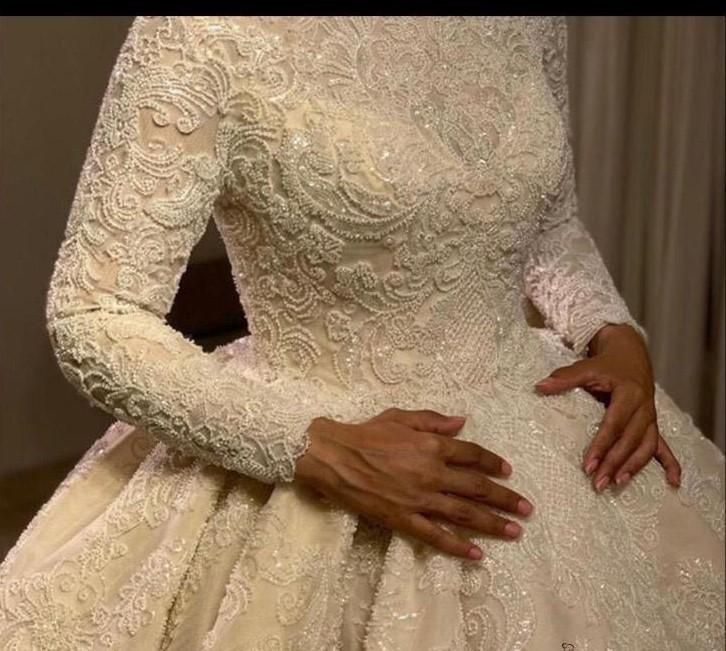 فستان زفاف ملكى