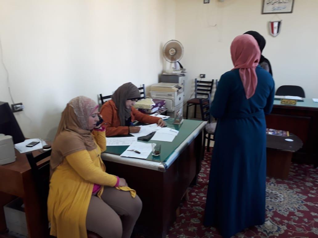 تقديم أوراق الطلاب لانتخابات الطلاب بجامعة بنها (2)