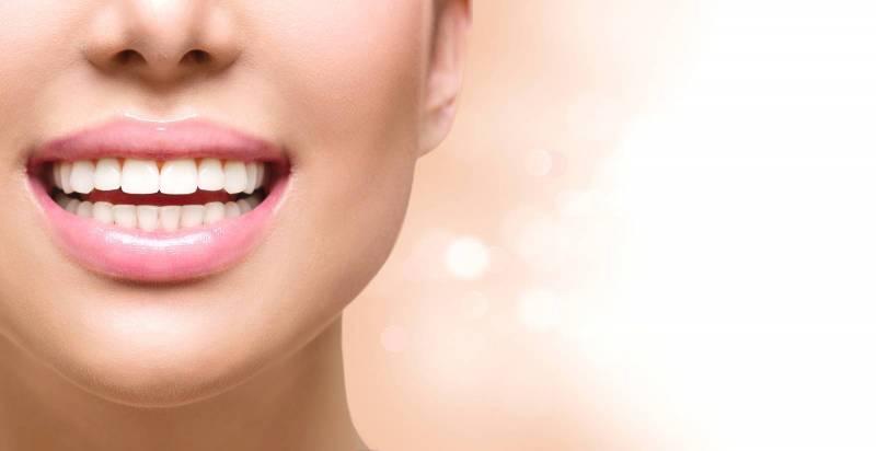 وصفات طبيعية لتفتيح منطقة أسفل الفم (3)