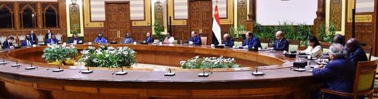السيسى يلتقى رؤساء الوفود (4)