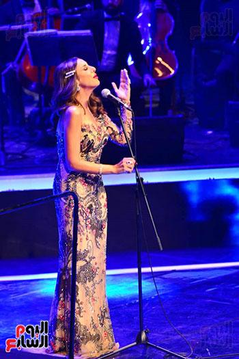حفلة انغام بمهرجان الموسيقى العربية (7)