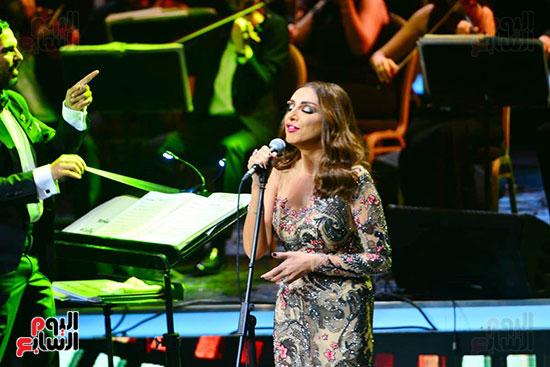 حفلة انغام بمهرجان الموسيقى العربية (17)
