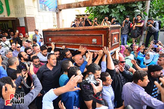 جنازة هيثم احمد زكي (30)