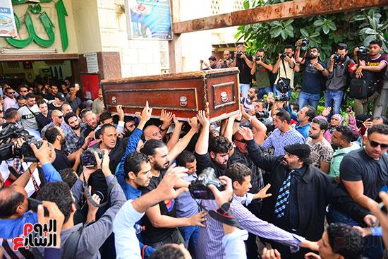 جنازة هيثم احمد زكي (29)