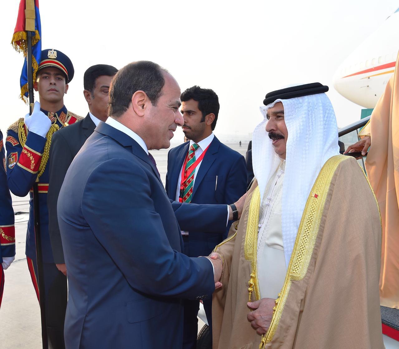 عبد الفتاح السيسي و الملك حمد بن عيسى آل خليفة ملك مملكة البحرين (2)