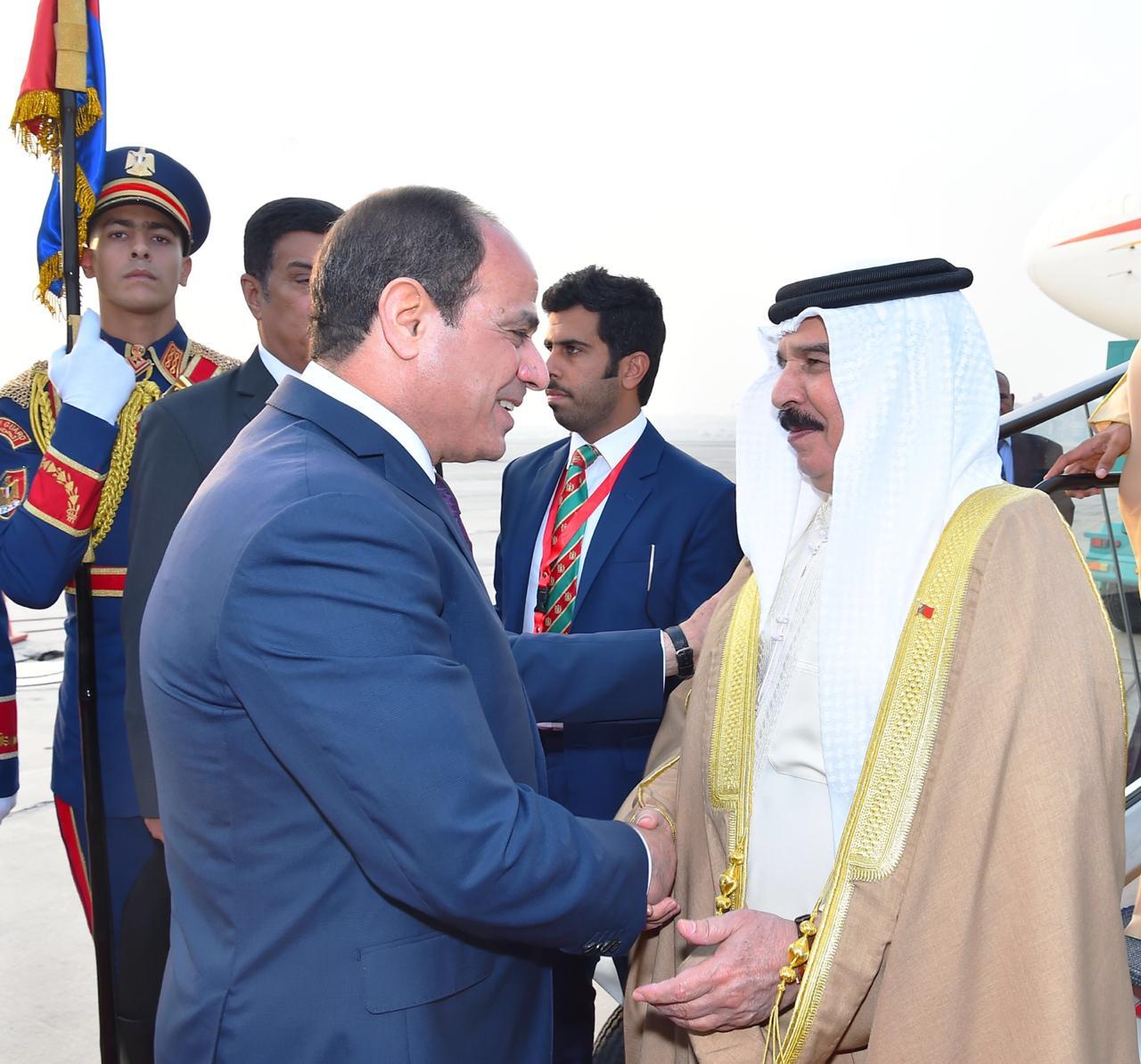 عبد الفتاح السيسي و الملك حمد بن عيسى آل خليفة ملك مملكة البحرين (9)
