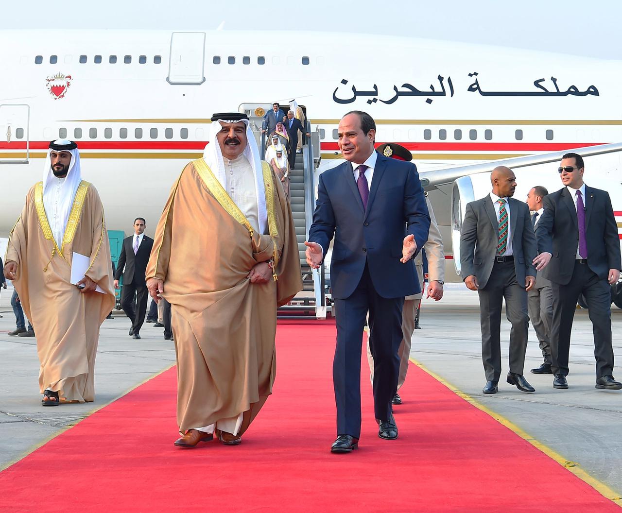 عبد الفتاح السيسي و الملك حمد بن عيسى آل خليفة ملك مملكة البحرين (4)