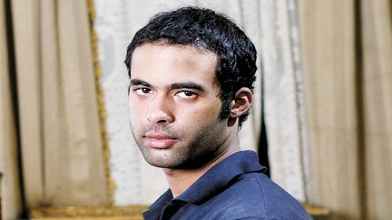 وفاة الفنان هيثم أحمد زكى (11)