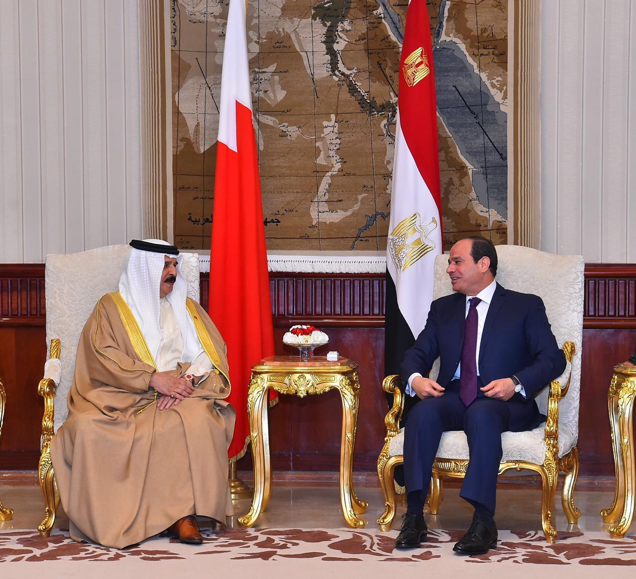 عبد الفتاح السيسي و الملك حمد بن عيسى آل خليفة ملك مملكة البحرين (1)