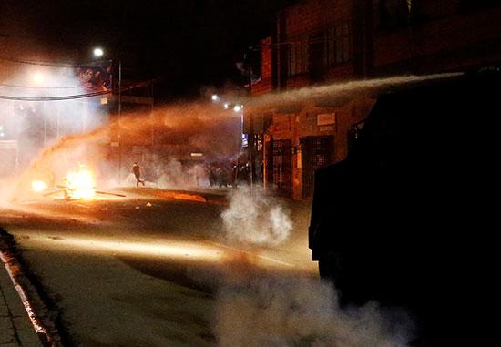 اشتباكات الشرطة والمتظاهرين فى بوليفيا