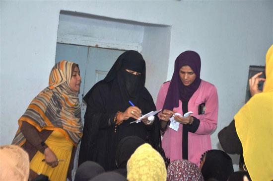 سيدات-إسنا-ينظمون-ندوة-للتوعية-وشرح-تفاصيل-التأمين-الصحي-الشامل-(4)
